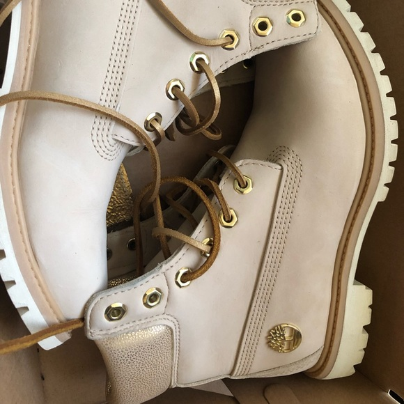 3d01bf6206e Women's Timberland boots, size 8.5. New in box NWT